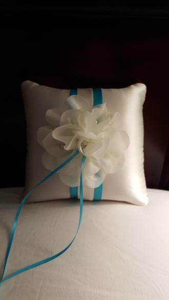 Custom ring pillow